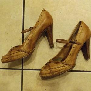 Seychelles Brown leather Heels sz 8